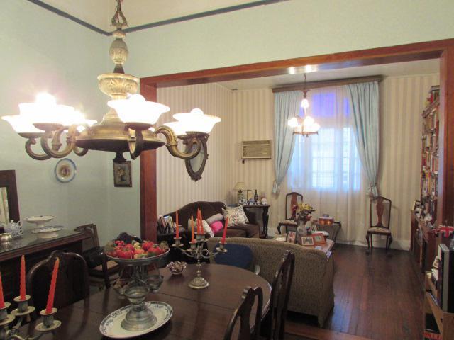 Foto Casa en Venta en  Villa Devoto ,  Capital Federal  Ricardo Gutierrez al 3700