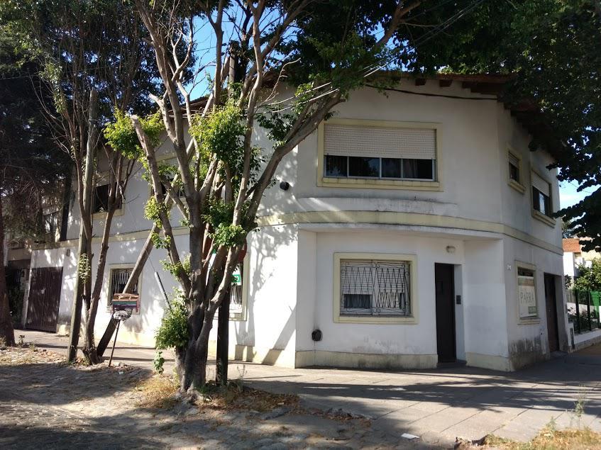 Foto Casa en Venta en  Martinez,  San Isidro  PARANA al 2300
