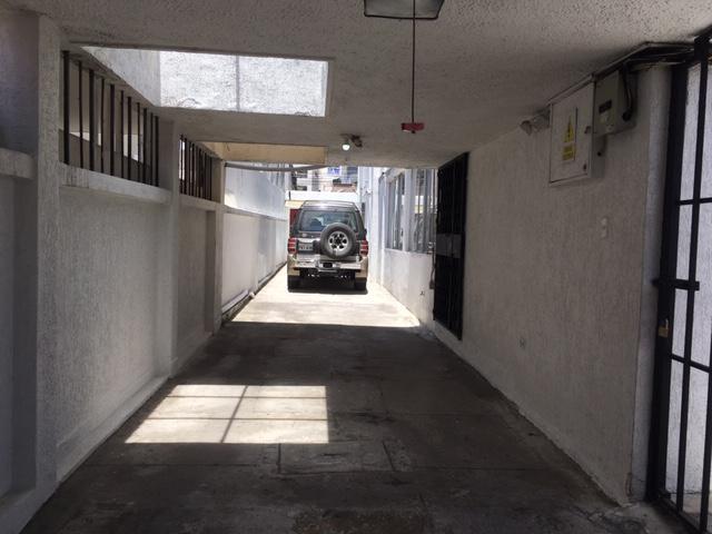 Foto Oficina en Alquiler en  Norte de Quito,  Quito  SECTOR LA Y - MARIANO ECHEVERRÍA, OFICINA DE RENTA DE 60 m2
