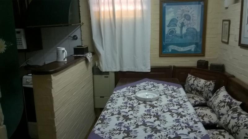 Foto Casa en Alquiler temporario en  Barrio Parque Leloir,  Ituzaingo  del Remedio al 1400