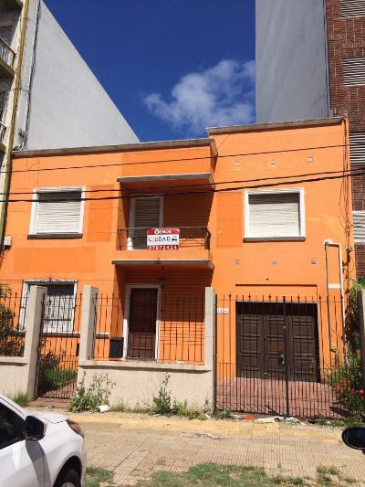 Foto Casa en Venta en  Parque Batlle ,  Montevideo  Casa o proyecto, Excelente zona, con buen retiro, sobre Av. Ponce