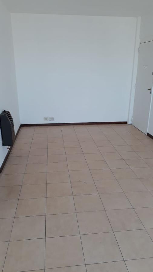 Foto Departamento en Venta en  Avellaneda ,  G.B.A. Zona Sur  España 148, Piso 10º, Depto. B