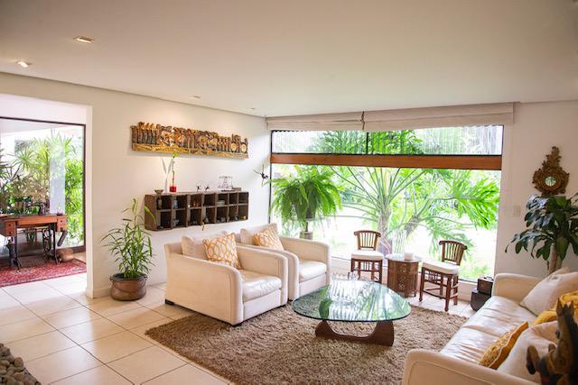 Foto Casa en condominio en Venta en  Escazu ,  San José  Escazú/ 3 habitaciones/ con céntrica ubicación/ Oficina/ Amplitud