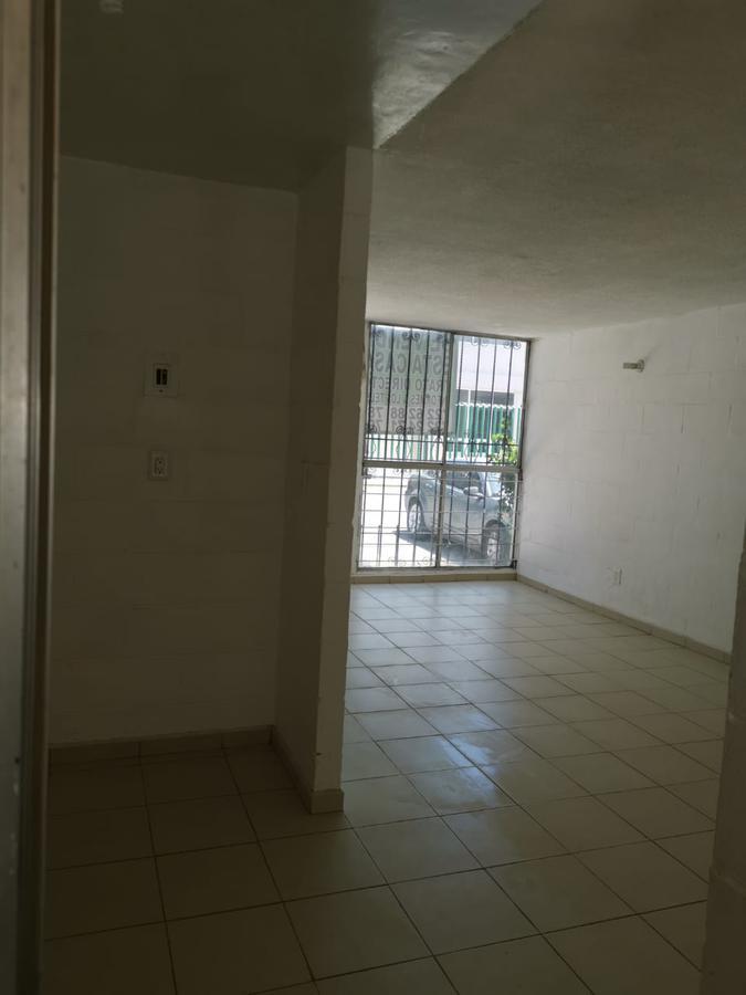 Foto Casa en Venta en  INFONAVIT,  Lerma   Lerma de Villada  a unas cuadras del centro