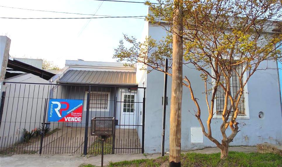 Foto Casa en Venta en  Gualeguaychu ,  Entre Rios  Clavarino N° al 1952