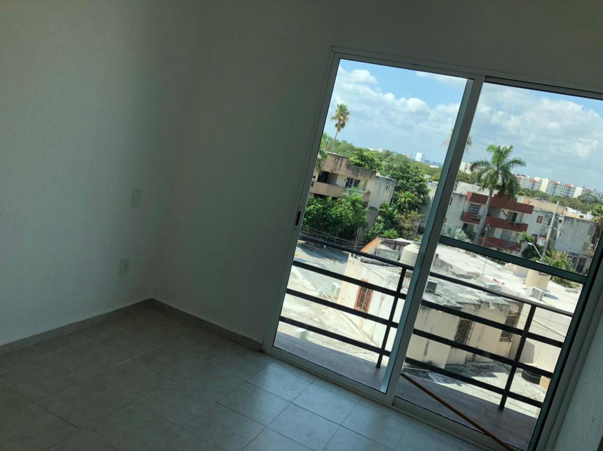 Foto Departamento en Venta en  Supermanzana 38,  Cancún  DEPARTAMENTOS EN VENTA EN CANCUN EN SUPERMANZANA 38 EN LOS ROBLES