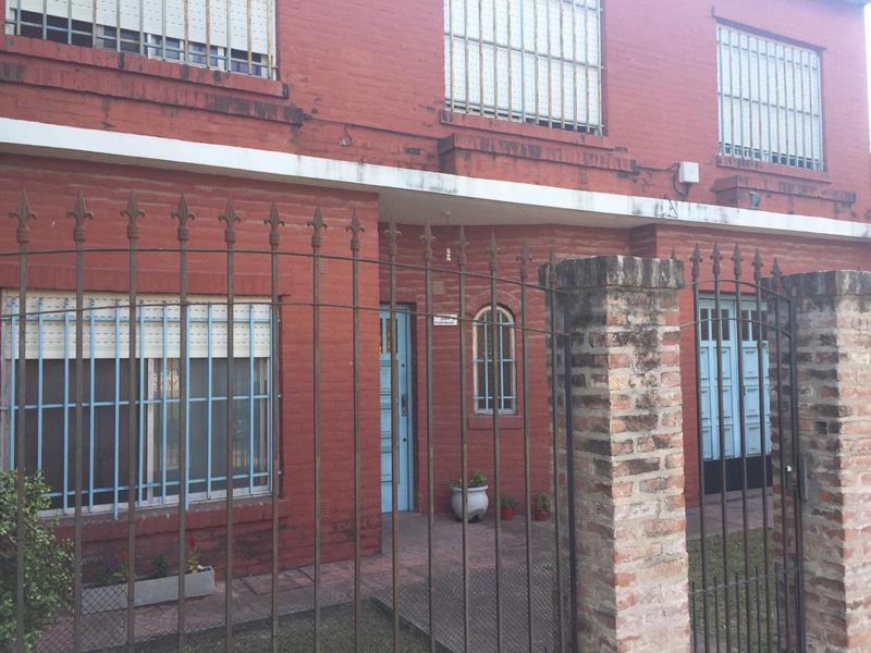 Foto Casa en Alquiler en  San Miguel,  San Miguel  Dorrego al 2300