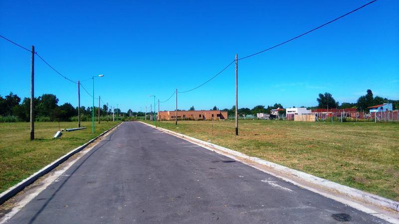 Foto Terreno en Venta en  Joaquin Gorina,  La Plata  133 y 489