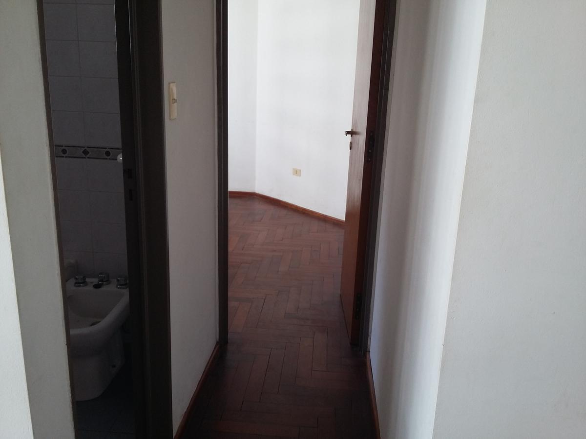 Foto Departamento en Alquiler en  Nueva Cordoba,  Cordoba Capital  San Lorenzo al 400
