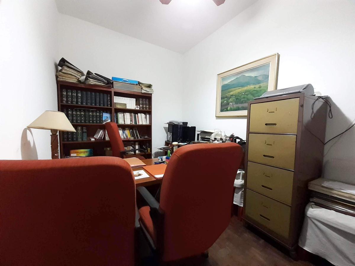 Foto Casa en Venta en  Las Heras,  Rosario  Bustamante  al 500