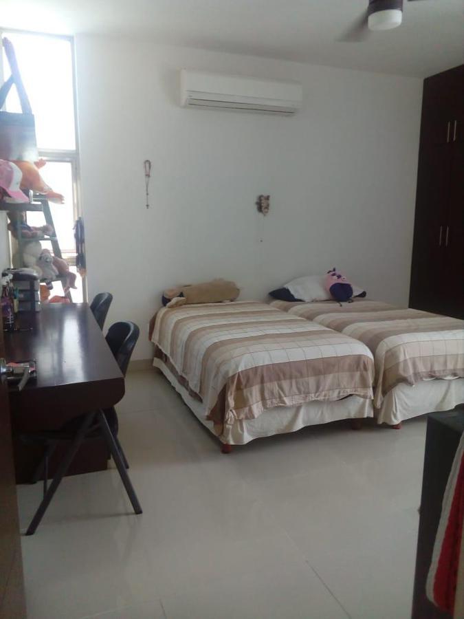 Foto Casa en Renta en  Montes de Ame,  Mérida  En renta bella y amplia casa en Montes de Amé, cerca de amenidades y servicios.