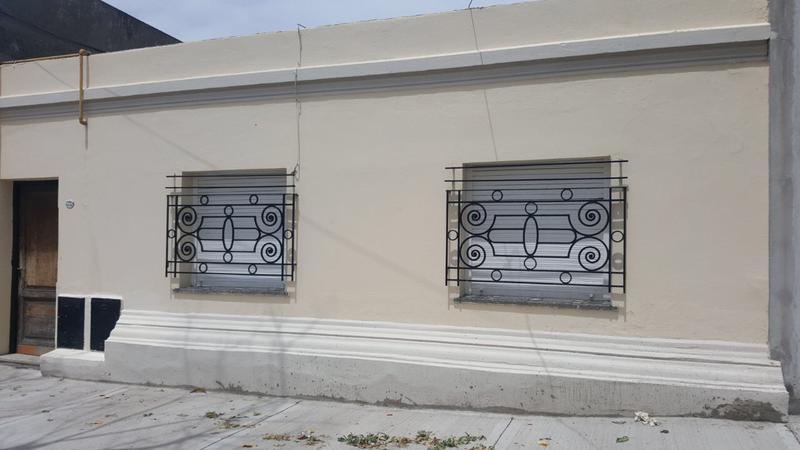 Foto PH en Venta en  Mataderos ,  Capital Federal  Venta P.H 2 ambientes con patio, al frente, planta baja, en remedios al 5700, mataderos.