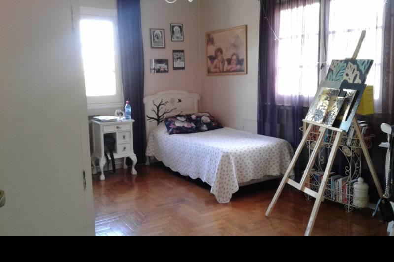 Foto Casa en Venta en  Haedo Sur,  Haedo  Las Bases al 400