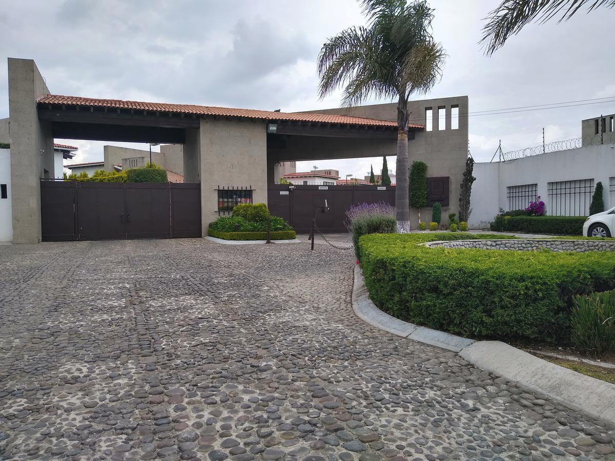 Foto Casa en condominio en Renta en  Loma Real,  Metepec  Rento Loft en Loma Real Exclusivo Residencial en Metepec