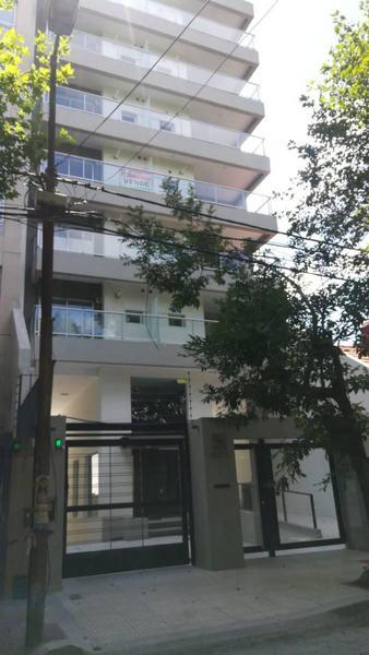 Foto Departamento en Venta    en  Quilmes,  Quilmes  Brown 930