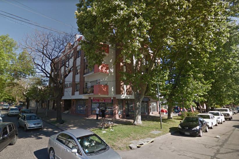 Foto Departamento en Alquiler en  Barrio Norte,  La Plata  32 y 6