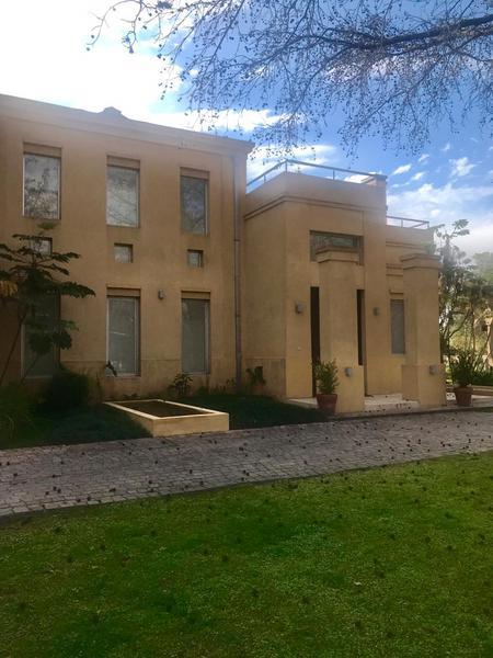 Foto Casa en Alquiler temporario en  Newman Club,  Countries/B.Cerrado (Tigre)  Hermosa casa en alquiler en Newman