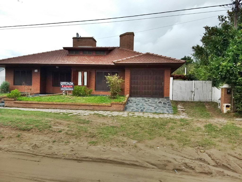 Foto Casa en Venta en  Mar De Ajo ,  Costa Atlantica  Excelente casa en barrio San Rafael!!!