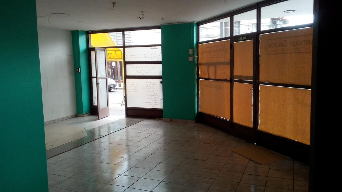 Foto Local en Venta en  Ramos Mejia,  La Matanza  Pueyrredon al 400