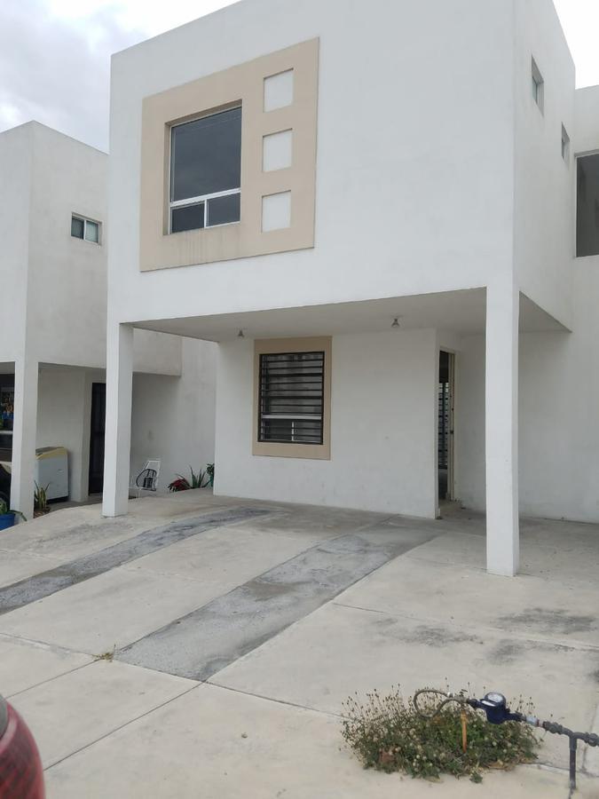 Foto Casa en Renta en  Encinos Residencial,  Apodaca  Casa en RENTA Encinos Residencial- Apodaca, N. L. (VSC)