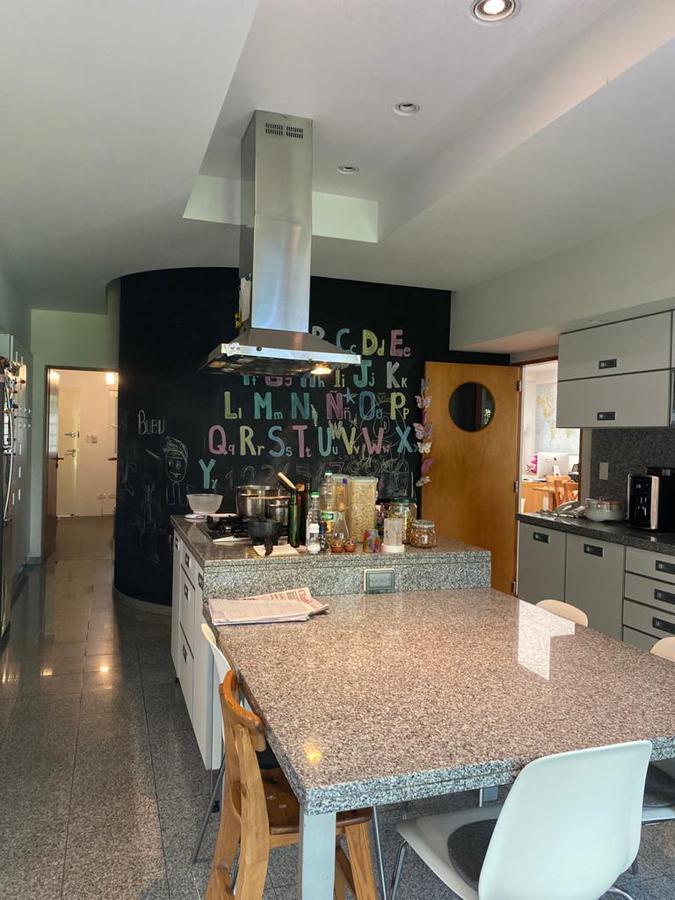 Foto Casa en Venta en  Mart.-Vias/Libert.,  Martinez  Juan Jose Paso al 600