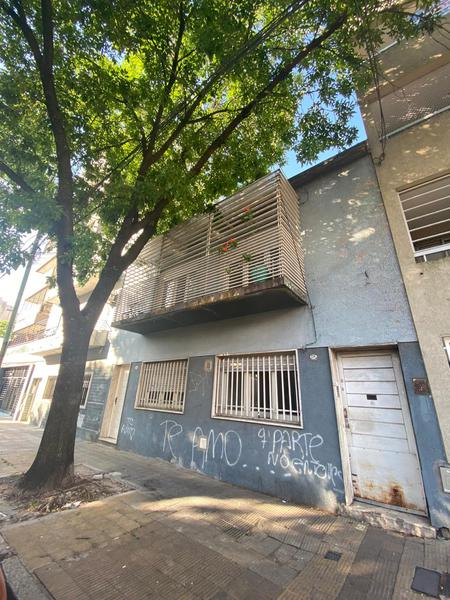 Foto PH en Venta en  Liniers ,  Capital Federal  Larrazabal al 200