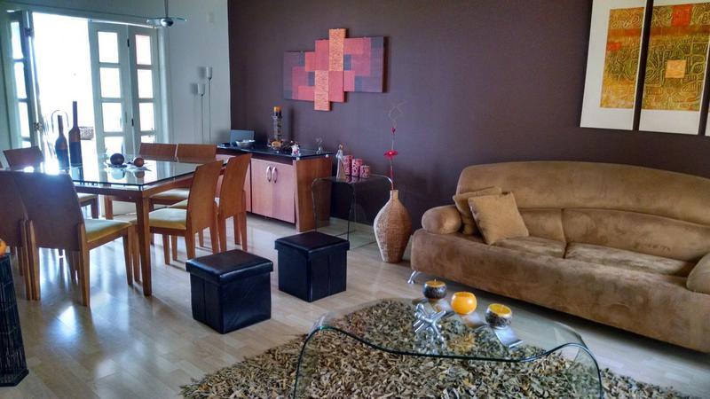 Foto Casa en Venta en  Norte de Quito,  Quito  Hermosa casa de 4 dormitorios, sector colegio SEK