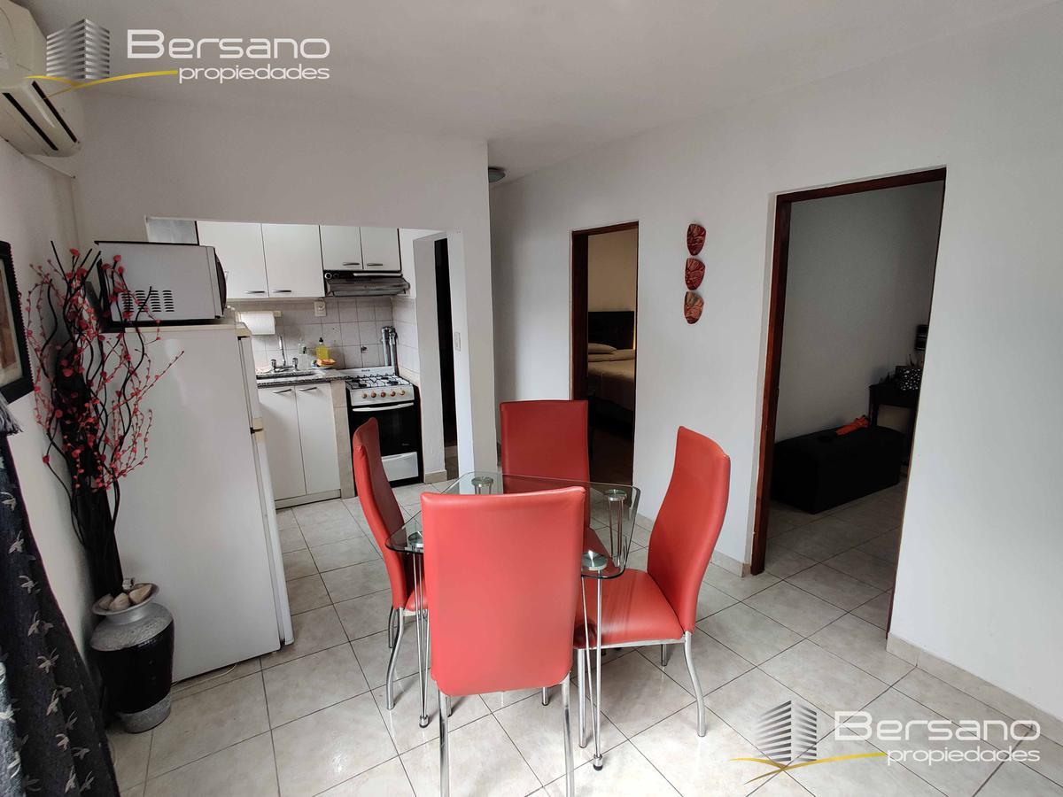 Foto PH en Venta en  Villa Saenz Peña,  Tres De Febrero  Beazley 655