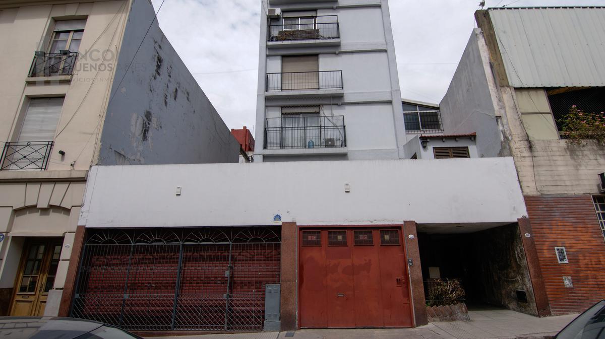 Foto Departamento en Alquiler en  San Telmo ,  Capital Federal  Humberto 1º al 600