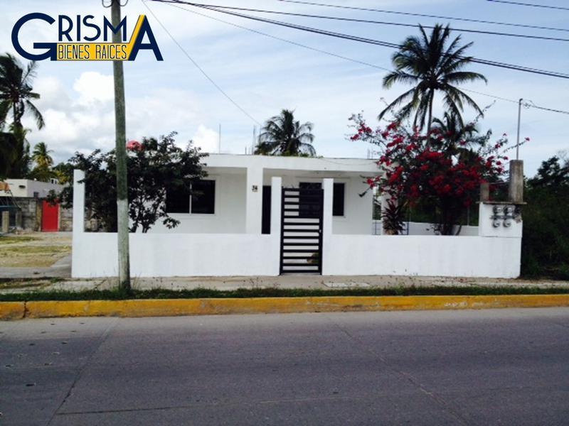 Foto Casa en Venta | Renta en  La Calzada,  Tuxpan  CASA EN RENTA SOBRE BOULEVARD A LA PLAYA