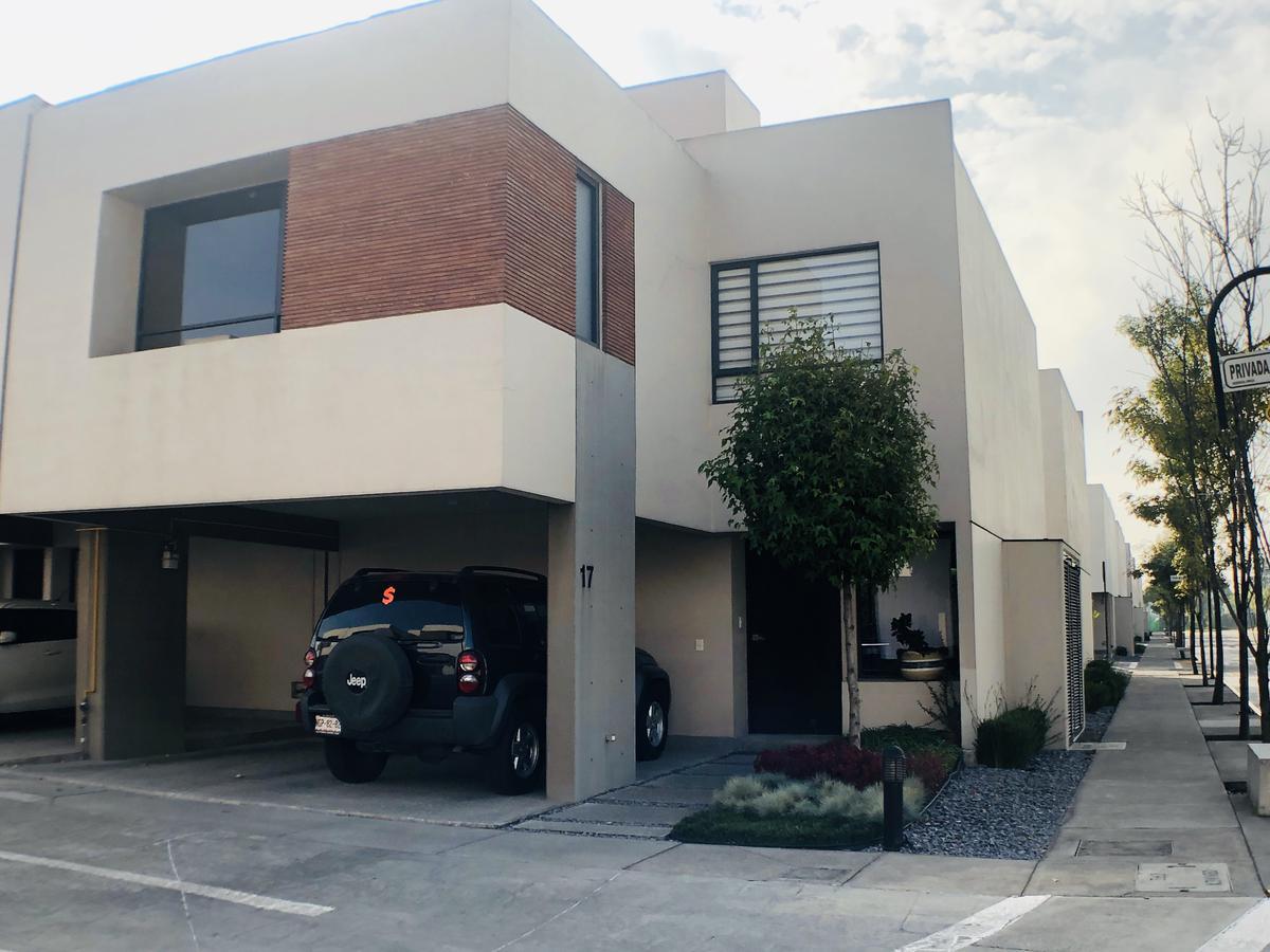 Foto Casa en condominio en Renta en  Independencia,  Toluca  Privada del Maple