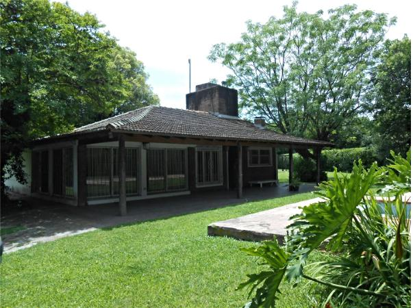 Foto Casa en Venta en  Barrio Parque Leloir,  Ituzaingo  Lopez Buchardo al 3600