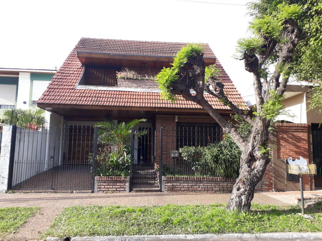 Foto Casa en Venta en  San Miguel ,  G.B.A. Zona Norte  Avellaneda 447