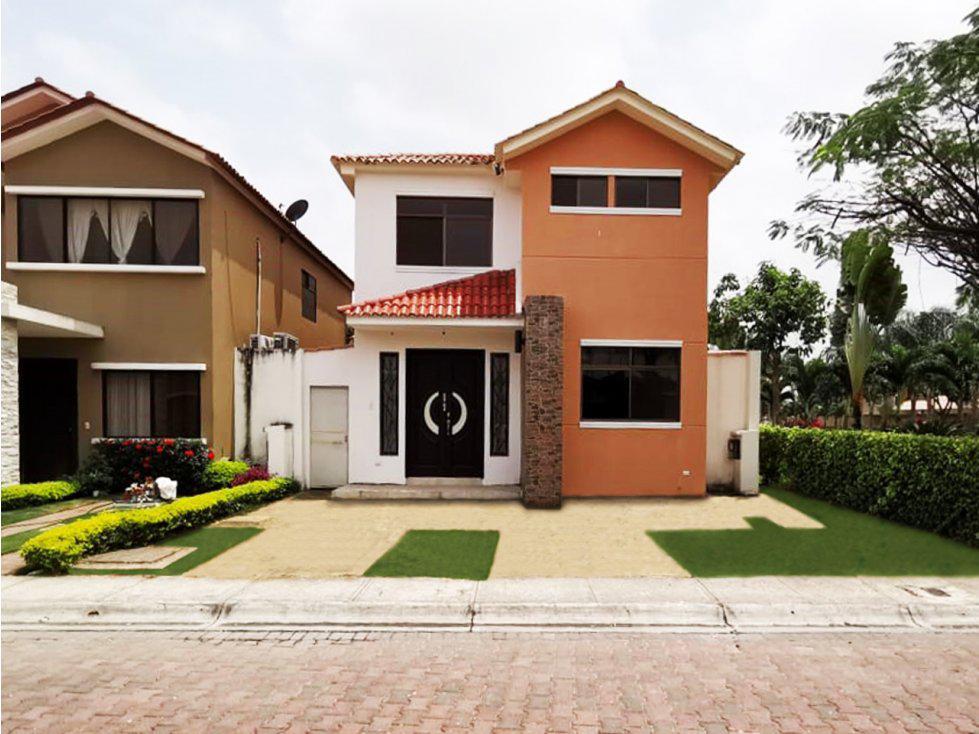 Foto Casa en Venta en  Samborondón,  Guayaquil  Ciudad Celeste se vende casa