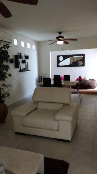 Foto Casa en condominio en Renta | Venta en  Supermanzana 312,  Cancún  NTA/RENTA  AMUEBLADA EN CANCUN EN AVENIDA HUAYACÁN EN RESIDENCIAL ISLA AZUL