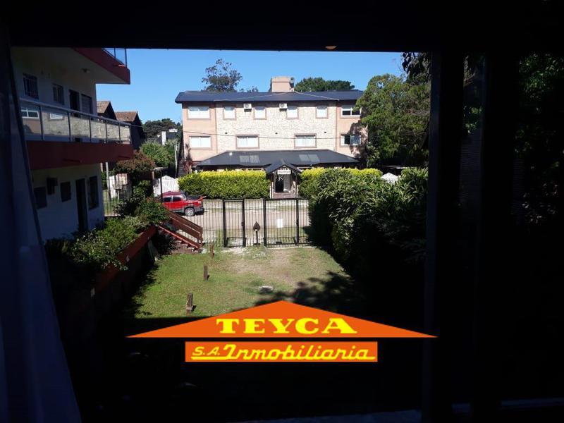 Foto Departamento en Venta en  Pinamar ,  Costa Atlantica  Centauro 300