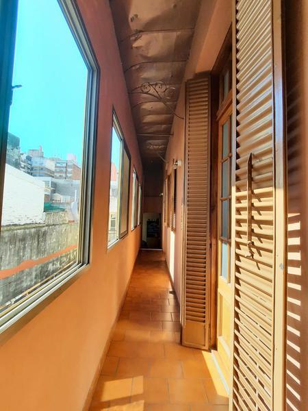 Foto Casa en Venta en  Macrocentro,  Rosario  Italia 753 P.A