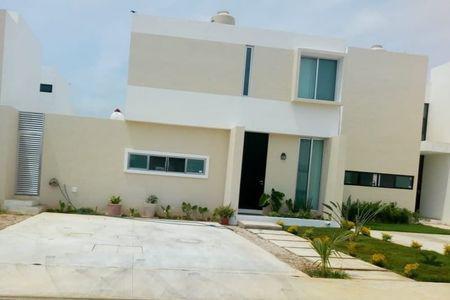 Foto Casa en Renta en  Mérida ,  Yucatán  Rento bella casa en privada al norte de Merida