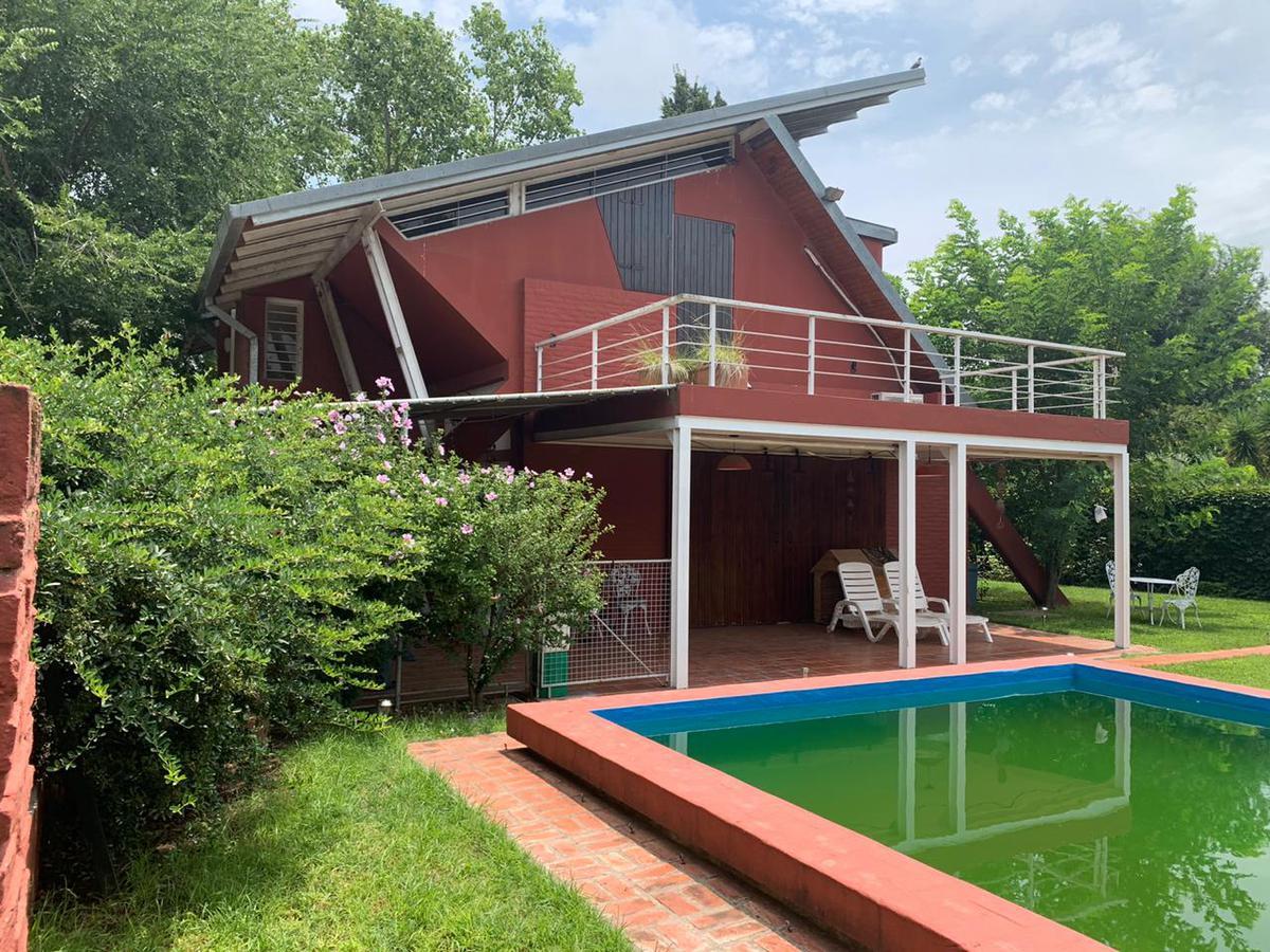 Foto Casa en Venta en  Funes ,  Santa Fe  San Martín y Yacyretá