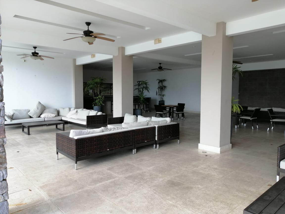 Foto Casa en condominio en Venta en  Santa Ana ,  San José  Alto de las Palomas/ Esquinera/  Vista/ 3 habitaciones cada una con su baño/ Iluminada