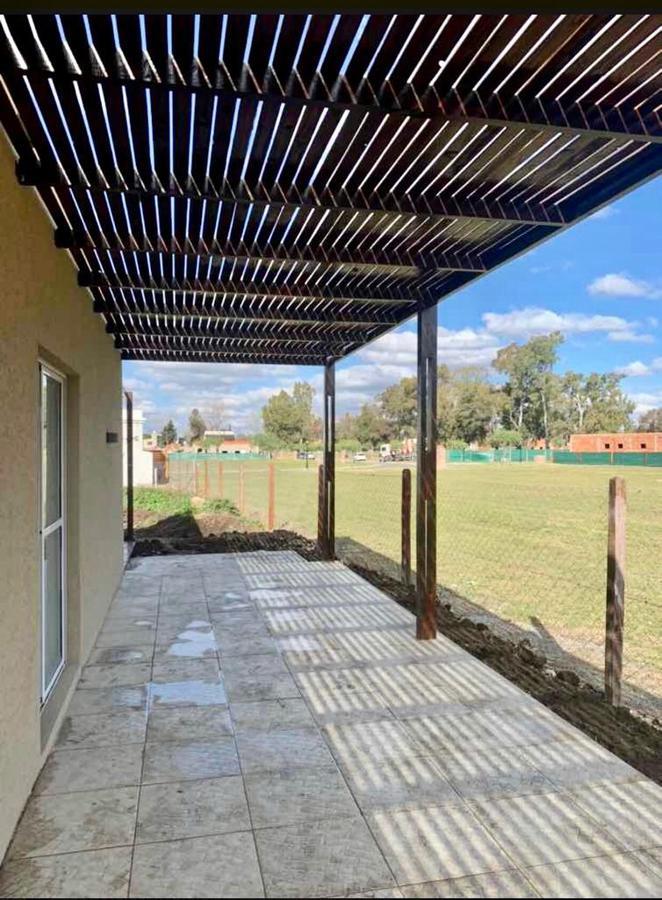 Foto Casa en Venta en  Pilar ,  G.B.A. Zona Norte  Barrio Santa Emilia