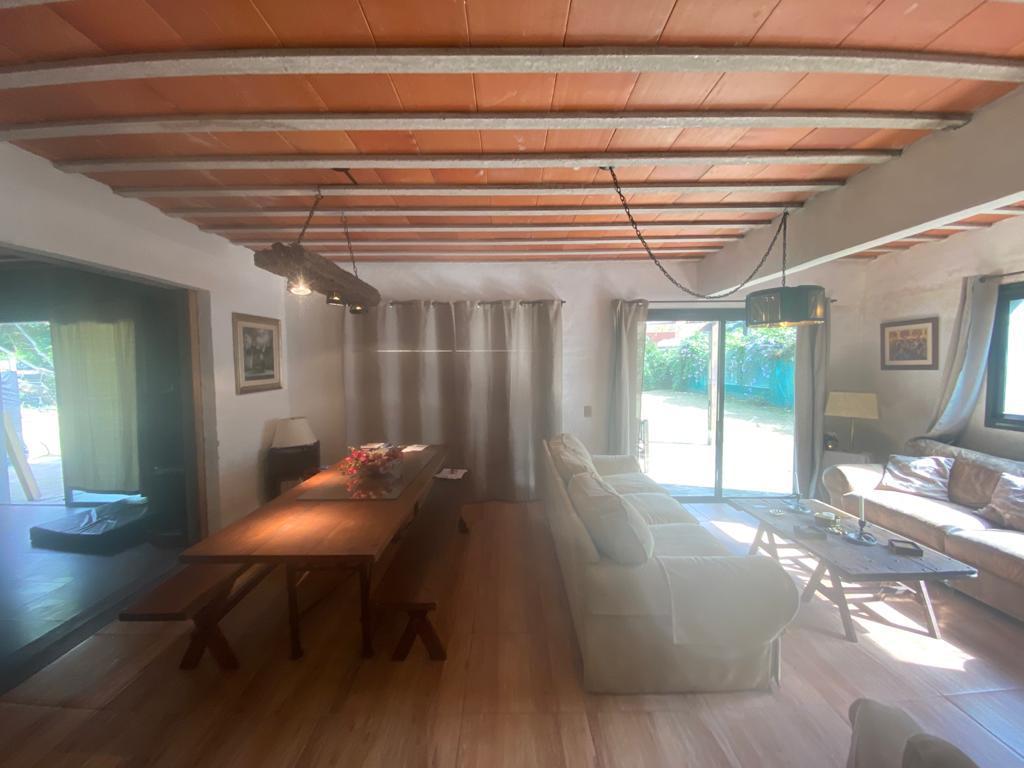 Foto Casa en Venta en  Cantegril,  Punta del Este  Cantegril