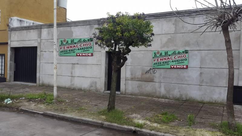 Foto Terreno en Venta en  Tablada,  La Matanza  Mariano Moreno  al 5000