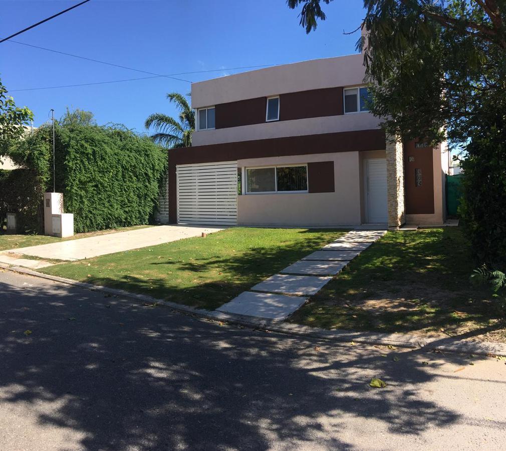 Foto Casa en Venta en   La Estanzuela,  La Calera  LA ESTANZUELA 2 - LOTE CENTRAL