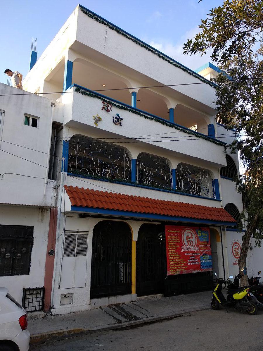 Foto Edificio Comercial en Venta en  Playa del Carmen,  Solidaridad  Av 10 entre 74 y 76