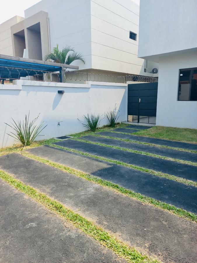Foto Casa en Venta en  Zona Norte,  Fernando de la Mora  Fernando Zona Norte