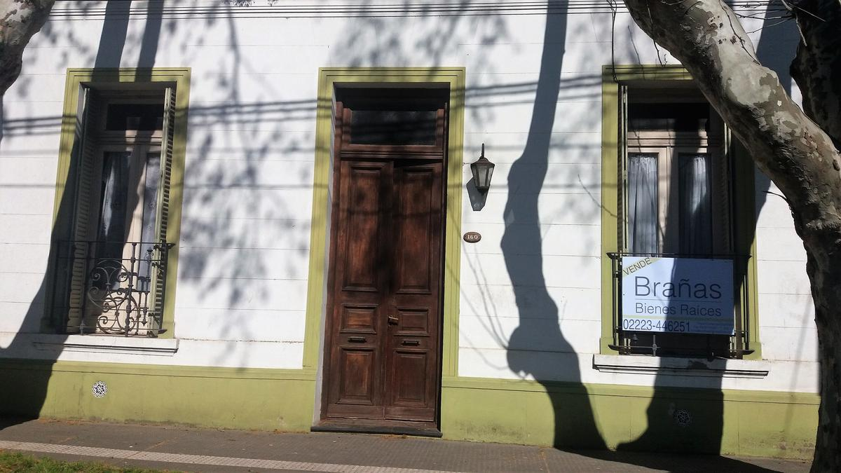 Foto Casa en Venta en  San Vicente,  San Vicente  Dip.N Rodrguez N° al 100