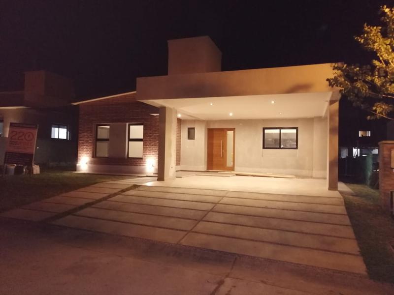 Foto Casa en Venta en  Alto verde II,  Yerba Buena  ALTO VERDE 2