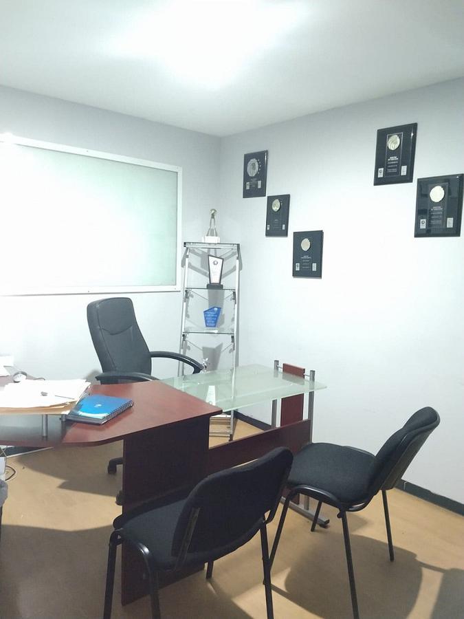 Foto Oficina en Renta en  Coaxustenco,  Metepec  AV BENITO JUAREZ