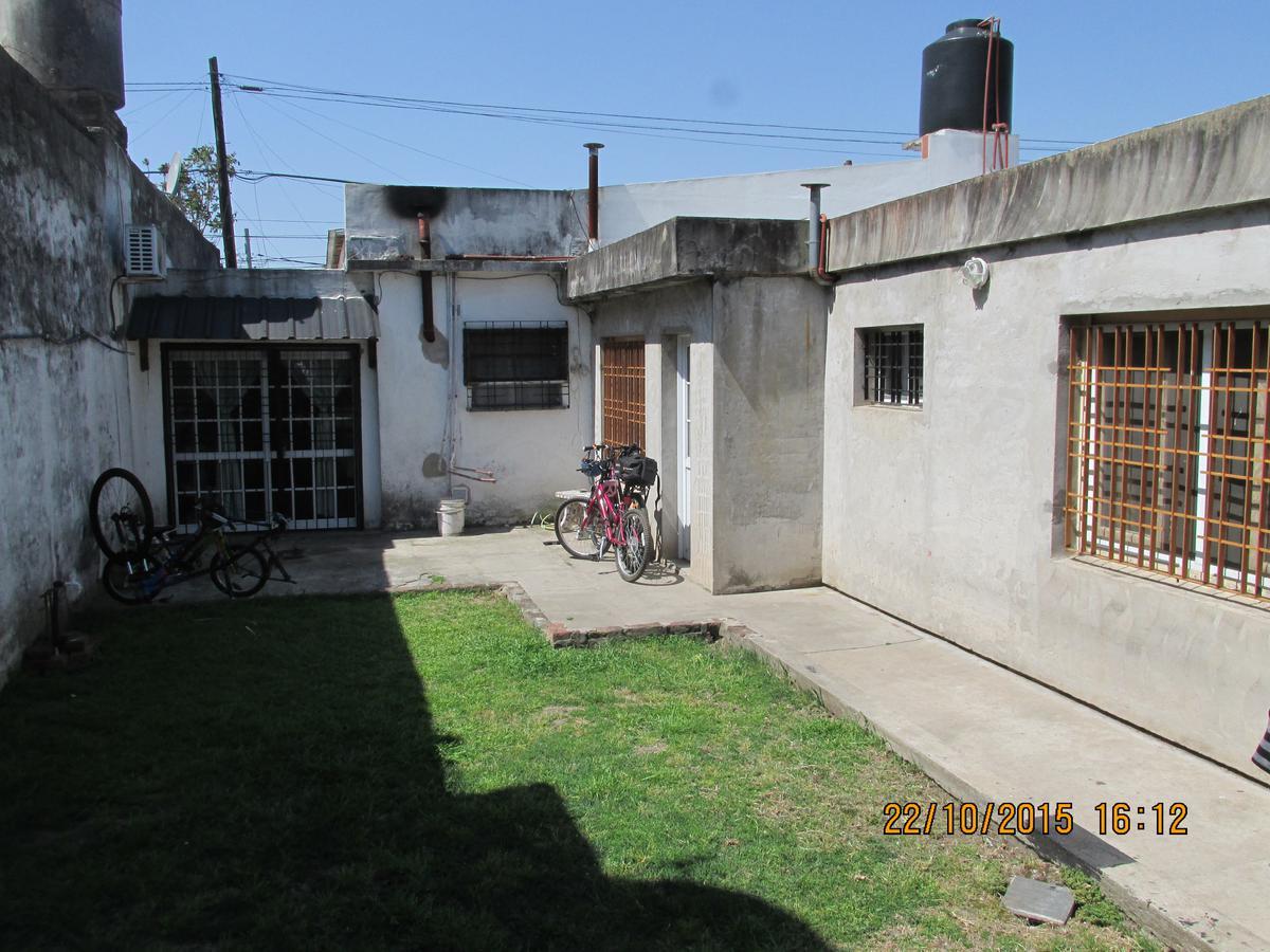 Foto Casa en Venta en  Berazategui,  Berazategui  Calle 141 N° 1861 E/ 18 y 19